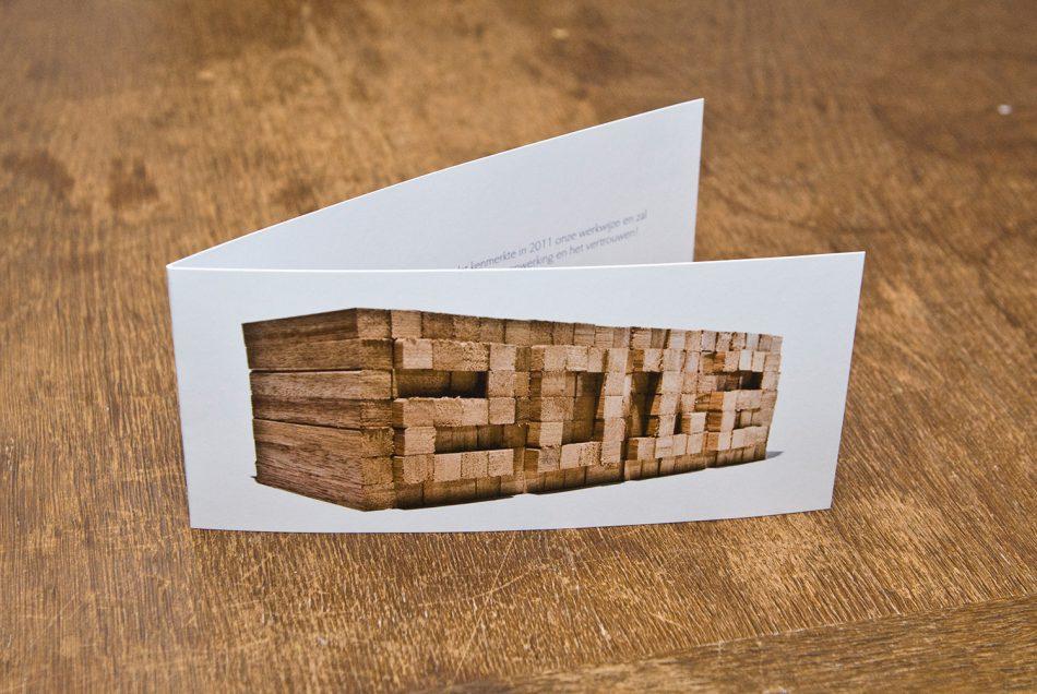 Een unieke nieuwjaarskaart voor een aannemersbedrijf.