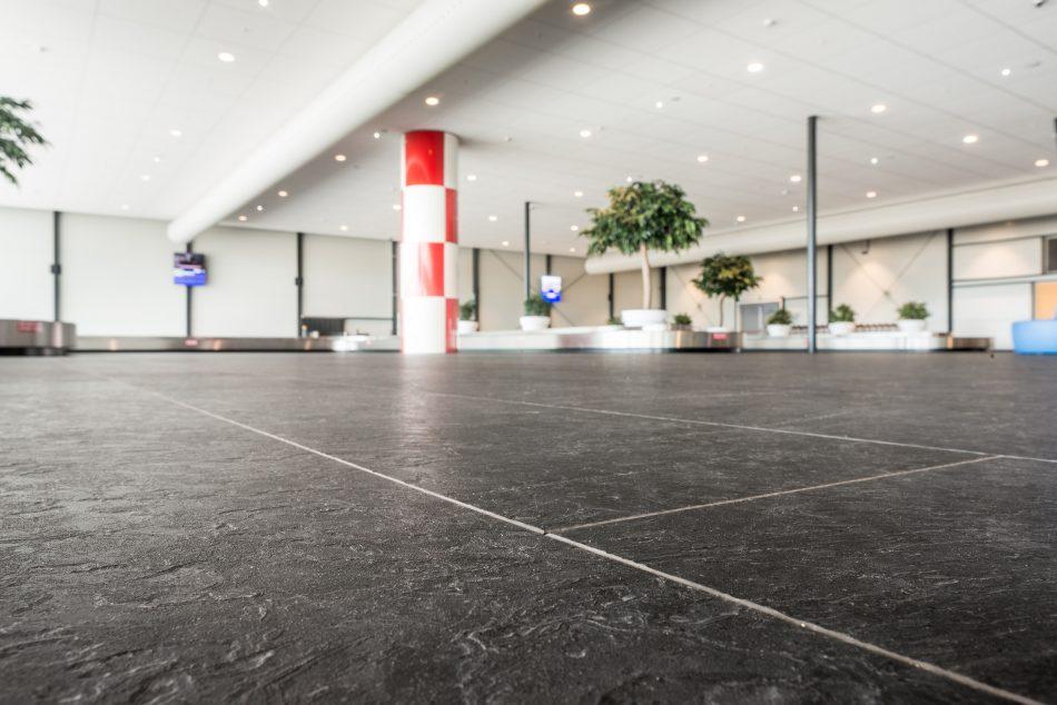 Aankomsthal Rotterdam The Hague Airport