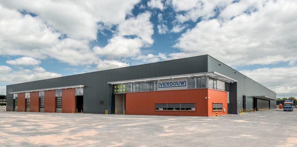 Exterieur van een nieuw bedrijfspand in Apeldoorn