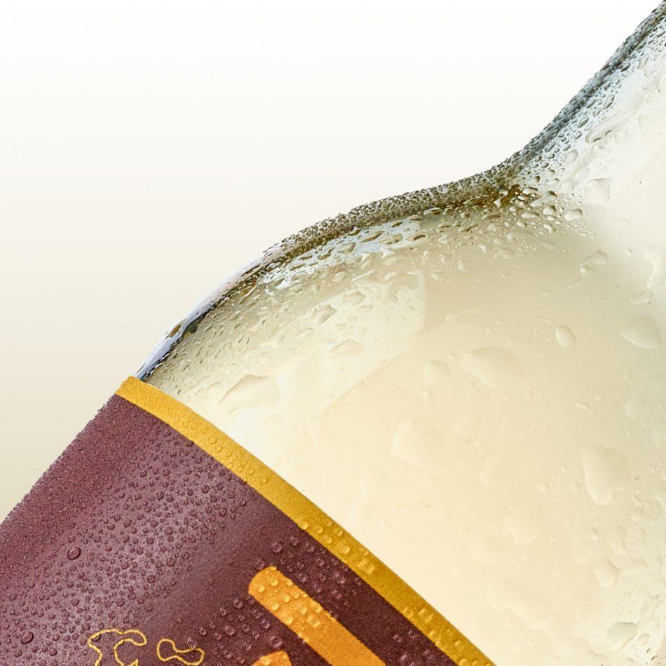 Close up van een bierflesje
