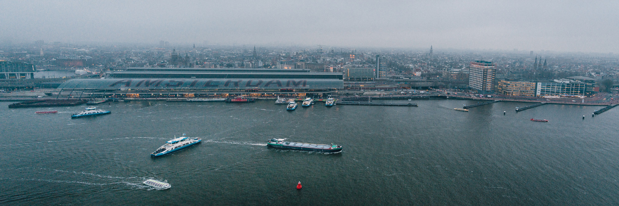 Uitzicht over Amsterdam vanaf de A'DAM toren
