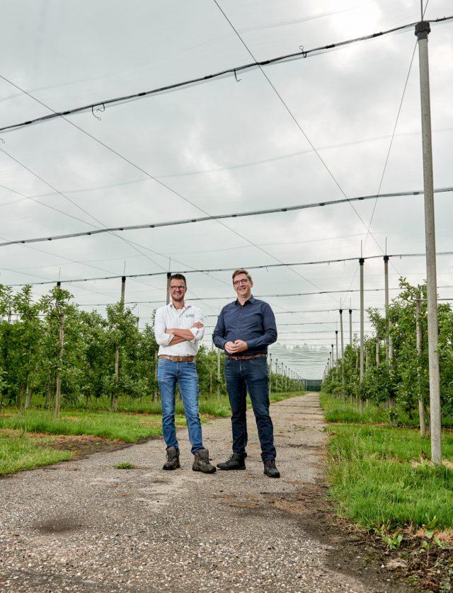 Buitenportret van 2 ondernemers